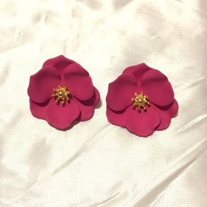 Sweet little flower earrings
